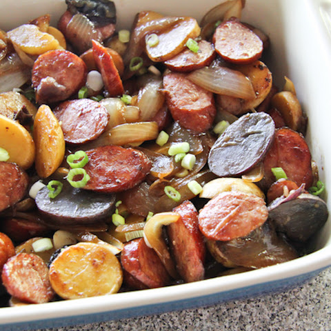 Kielbasa and Potatoes Skillet