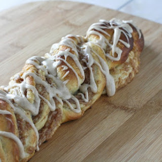 Cinnamon Pear Twist Bread