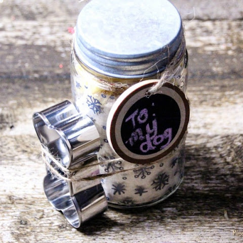 The Perfect Gift in a Jar for Your Favorite Pooch!