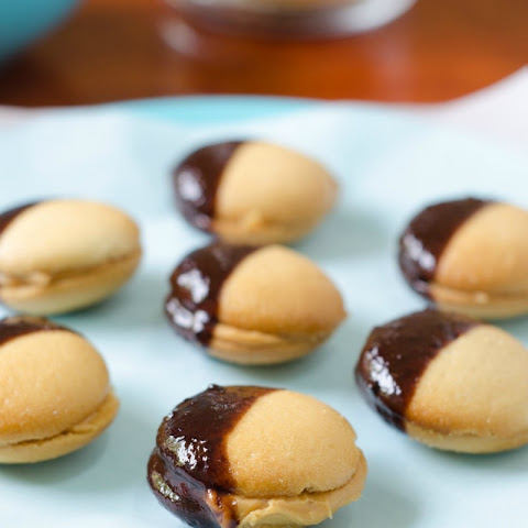 No Bake, Chocolate-Dipped Cookies