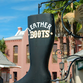 Boot Sign by Philip Molyneux - Artistic Objects Signs (  )