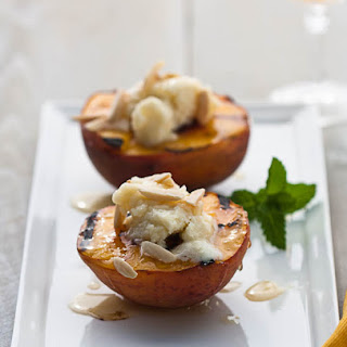 Grilled Peaches With Mascarpone, Almonds And Honey