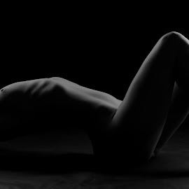 White in black by Michaela Firešová - Nudes & Boudoir Artistic Nude ( nude, relax, artistic, white, black )