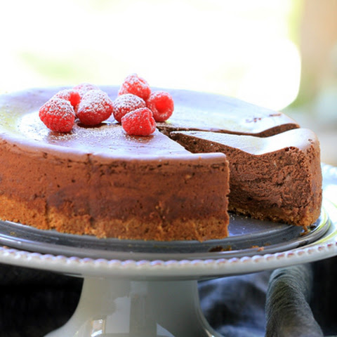 Simple Dark Chocolate Cheesecake