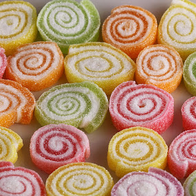color candy by Ismed  Hasibuan  - Food & Drink Candy & Dessert ( red, sweet, color, candy, food, green, yellow, circle )