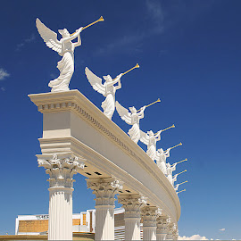 Freedom angels at Vegas by Gérard CHATENET - Buildings & Architecture Architectural Detail