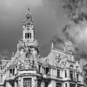 by Stephen Hooton - Black & White Buildings & Architecture ( porto )