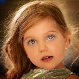 Golden hair by Lucia STA - Babies & Children Child Portraits