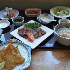 by Tiffany Wu - Food & Drink Plated Food