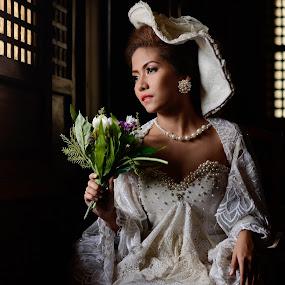 Filipina beauty by Jeremy Mendoza - People Portraits of Women ( fashion, beauty, filipina, light, window_lighting, portrait,  )