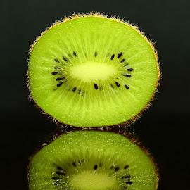 Kiwi by Basma Elrayes - Food & Drink Fruits & Vegetables ( fruit, fresh, kiwi, food, green )
