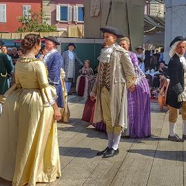 Danzatori in costume by Patrizia Emiliani - People Group/Corporate ( danzatori, costume,  )