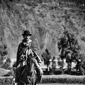 Man and his horse by Juang Rahmadillah - People Portraits of Men ( indonesia, candid, bromo, people, portrait )