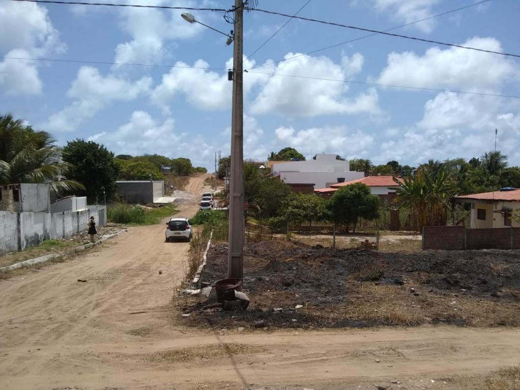 Terreno à venda, 450 m² por R$ 50.000,00 - Village Jacumã - Conde/PB