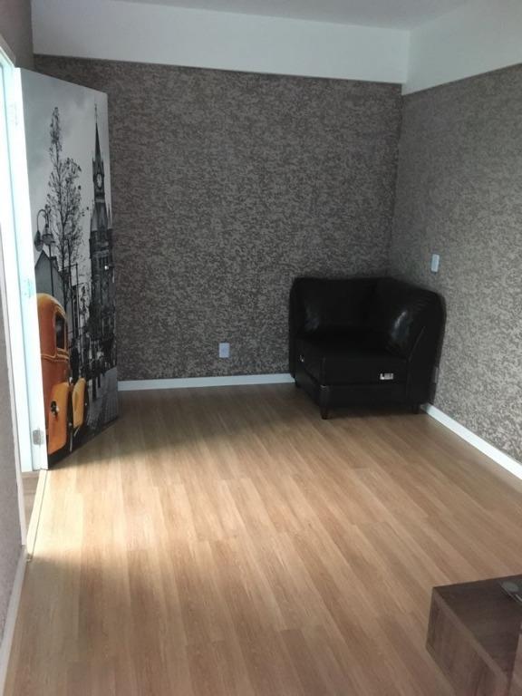Loft com 2 dormitórios à venda, 78 m² por R$ 430.000