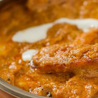 Paneer Butter Masala – cottage cheese cooked in rich tomato gravy.