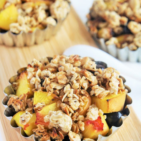 Blueberry Peach Crisp with Honey Almond Granola {Gluten-Free}