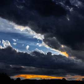 incoming storm by Bernarda Bizjak - Landscapes Cloud Formations