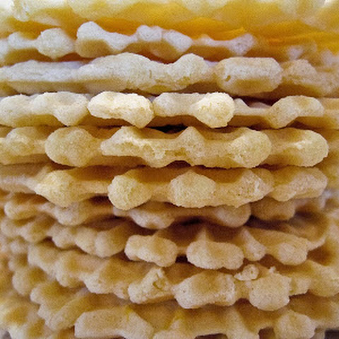 Lemon-Vanilla Pizzelles, Take 1