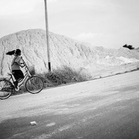 by Pablo Indra Iskandar - People Street & Candids