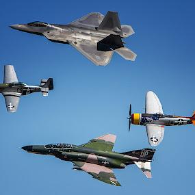 by John Kincaid - Transportation Airplanes