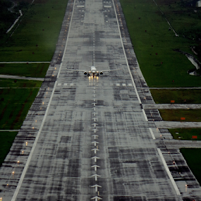 Ready to take-off by Sridhar Balasubramanian - Transportation Airplanes ( tarmac, flight, landing, plane, runway, take-off )