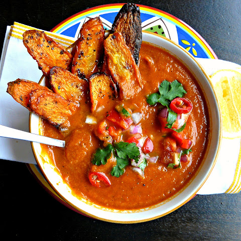 Vegan Nacho Soup with salsa & carrot dip chips