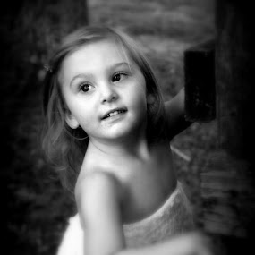by Jennifer Rigdon - Babies & Children Child Portraits ( child, canon, b&w )