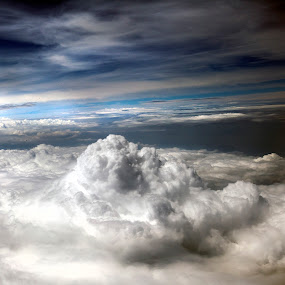 Clouds and sky by Cristobal Garciaferro Rubio - Landscapes Cloud Formations ( clouds, sky, blue, white clouds, turbulence )