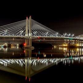 Tilikum Crossing by Andy Vic Lindblom - Buildings & Architecture Bridges & Suspended Structures ( oregon, portland, tilikum crossing, willamette, night, bridge, nightscape )