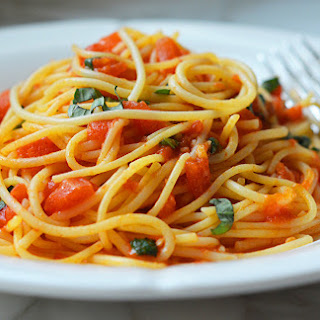 Plum Tomato Sauce With Basil Recipes