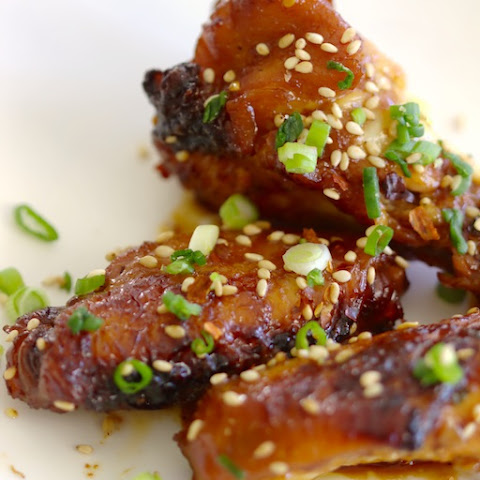 Sweet and Spicy Sesame Chicken Wings