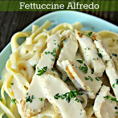 Skinny Fettuccine Alfredo with Grilled Chicken