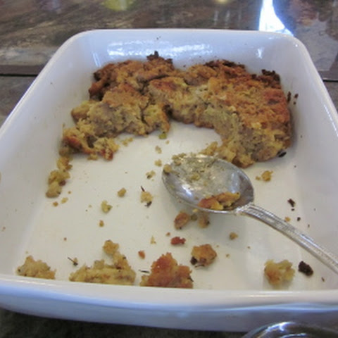 Delicious Thanksgiving Cornbread Dressing
