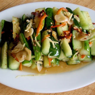 Suan La Huang Gua (Pickled Cucumber Salad)
