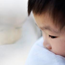 Reflexion  by Wong Sze - Babies & Children Children Candids (  )
