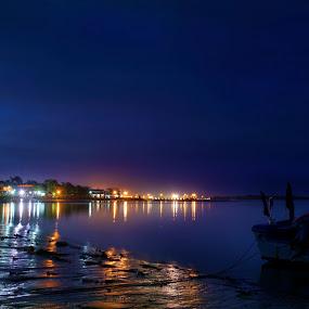Serasa Beach by Mohamad Sa'at Haji Mokim - Landscapes Beaches ( beach, boat )