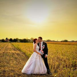 by Sasa Rajic Wedding Photography - Wedding Bride & Groom ( wedding photos destination, wedding photography, weddings, wedding day, wedding, wedding dress, wedding photographer )