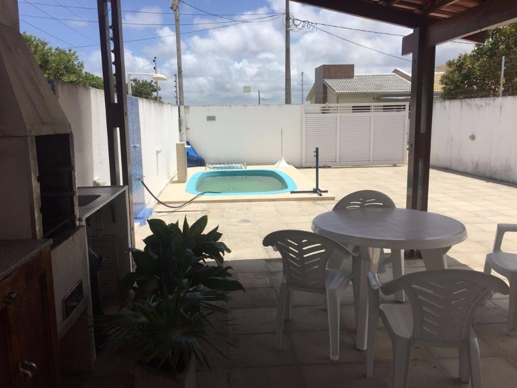 Casa 3 quartos, poço, churrasqueira e piscna, pertinho da Praia do Amor!