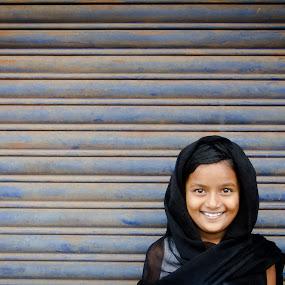 Little Miss Sunshine...! by Sudharshun Gopalan - People Street & Candids ( girl, gopalan, sudharshun, little, kerala, india, portrait )