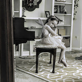 Little girl in the mirror by Michael Smith - Babies & Children Children Candids ( mirror, children, candid, ballerina, girl, child )