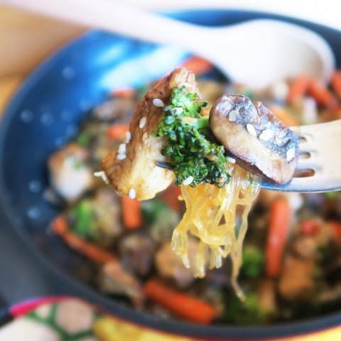 Sesame Chicken & Kelp Noodles (Paleo, Low Carb)