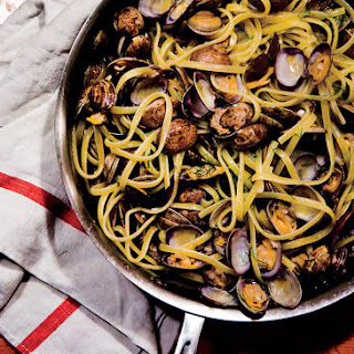 Linguine with Clams and Fennel