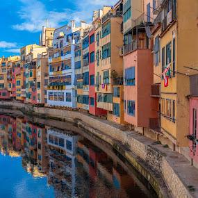 Girona by Roberto Gonzalo Romero - City,  Street & Park  Vistas (  )