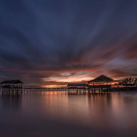 Waiting for sunrise by Esther Pupung - Landscapes Sunsets & Sunrises