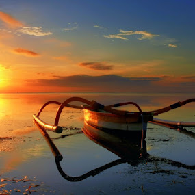 Sanur Sunrise by Keril Doank - Landscapes Waterscapes ( teman )