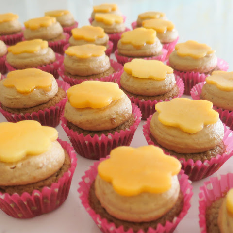 Orange Papaya Cupcakes