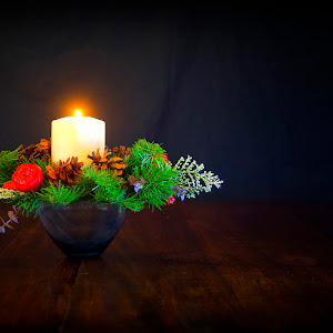 Candle Wreath and Vase.jpg