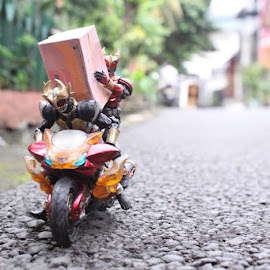 When you have a customer bring much thing. by Wiryono Indradi - Artistic Objects Toys