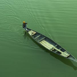 Boatman & Life by Abu Jafar Al Mahfuz - Uncategorized All Uncategorized